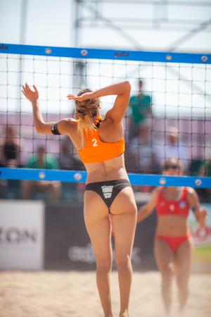 THESSALONIKI 09. JUNI 2018, GRIECHENLAND: Masters 2018, 1. Big National Turnament of Beach Volleyball in Griechenland, auf dem Aristoteles-Platz der Stadt Thessaloniki