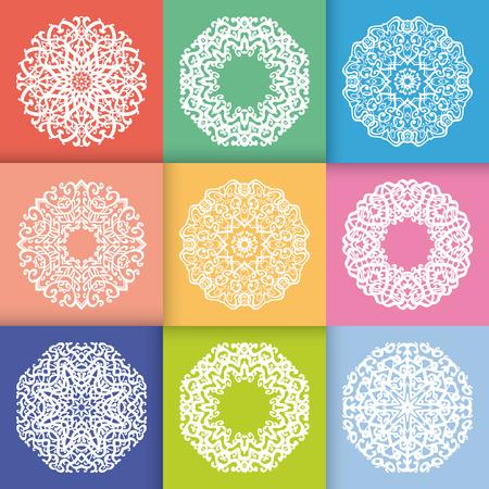 colores pasteles: Modelo con los ornamentos de la Ronda en colores pastel del estilo planas. Vintage patr�n de elementos geom�tricos decorativos. Los copos de nieve o mandala.