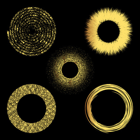 gold circle: Set of 5 gold grunge elements. Hand drawn circles.Vector illustration.Grunge circle frames. Isolated elements for graphic design.Editable template. Gold shapes on a black background. Illustration