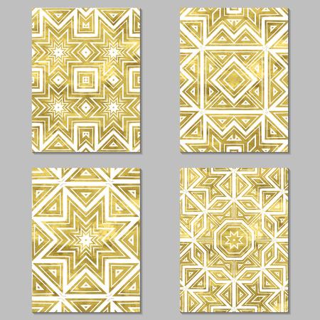 Set von 4 Gold und Weiß Journaling-Karten. Vektor-Illustration. Editierbare Vorlage. Grunge, floral, ethnisch.