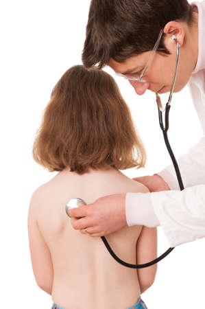 pediatra: Completo estudio aislado imagen forman una niña y un pediatra