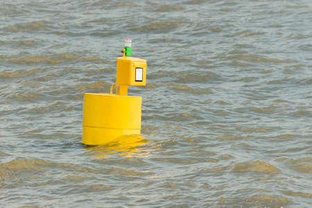 Postbox on the water (elbe, germany) Reklamní fotografie
