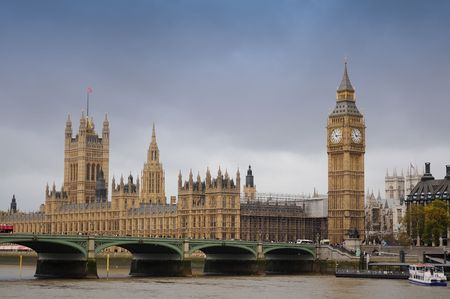 House of Parlament and Westminster Bridge spanning the river Thames Stock Photo