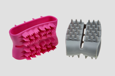 Hand massager for face blue and pink