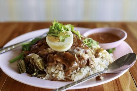 high calorie foods: shrimppaste fried rice