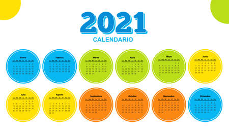 Color calendar on 2021 year with circle shape, spanish.