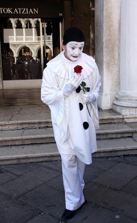 Venice, Italy, February 19, 2012 - Venetian Carnival, Pierrot 新聞圖片