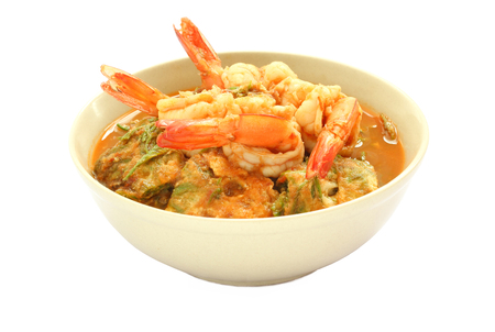 tamarindo: Kang som cha-om khai, Thai food, hot and sour curry with shrimps and Omelette on white background