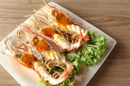 pincers: Grilled Giant River Prawn