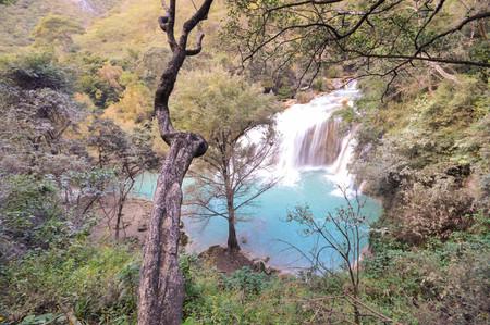 mighty: Mighty El Chiflon waterfalls near Comitan in Chiapas, Mexico