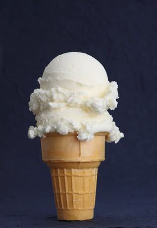 vanilla ice cream cone, dark background
