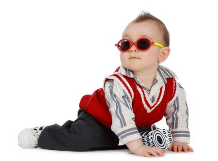adorable 8 months cacasian baby boy with sunglasses Standard-Bild