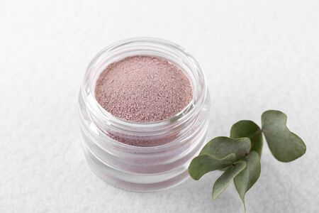 Pink cosmetic clay powder for skin and hair 版權商用圖片