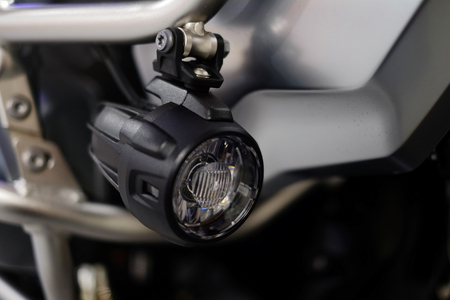 LED motorcycle fog lights, additional lighting, driving safety. Imagens