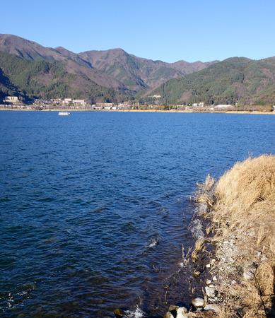 kawaguchi ko: Kawaguchi-ko Lake with mountains in Yamanashi, Japan.