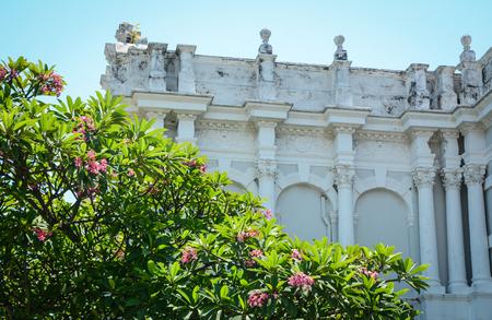 ジョージタウン、マレーシアの庭と古代の家。マレーシアでは、最古の都市の一つ 写真素材