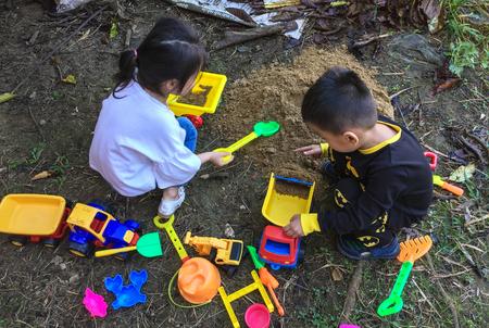 Saigon, Vietnam - Dec 5, 2017. Children playing at outdoor park in Saigon (Ho Chi Minh City), Vietnam. Redactioneel