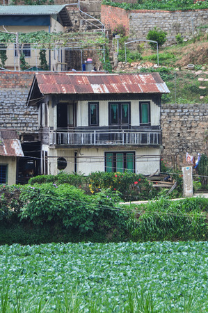 Rural houses in Dalat, Vietnam. Dalat is a city located on Lang Biang highlands part of the Central Highlands of Vietnam. Kho ảnh