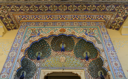 Colorful Peacock Gate of Pritam Niwas Chowk of City Palace in Jaipur, India. Editoriali