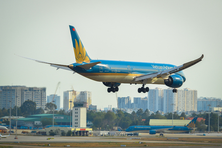 Saigon, Vietnam - Apr 23, 2019. Vietnam Airlines Boeing 787-9 Dreamliner (VN-A870) landing at Tan Son Nhat Airport (SGN). Redakční