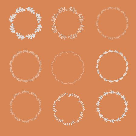 Collection of round frames from a hand drawing of leaves. 矢量图像