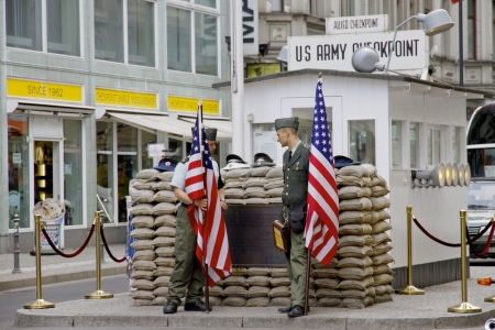 east berlin: checkpoint charlie