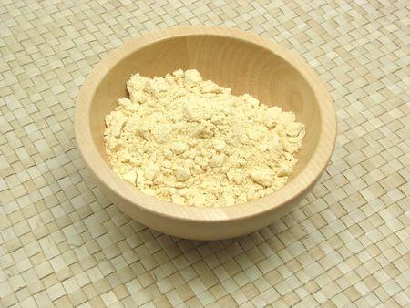 underlay: Solado de madera taz�n con harina de soja en rattan