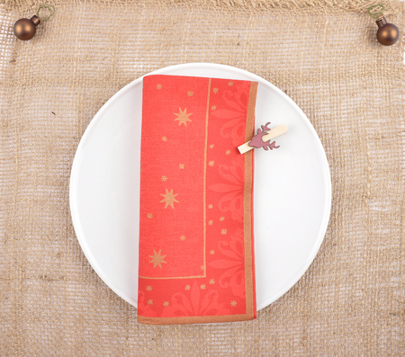 Christmassy table setting with burlap