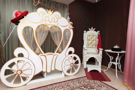 white carriage for photo shooting
