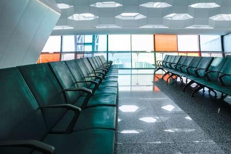 Airport waiting lounge with chairs 版權商用圖片