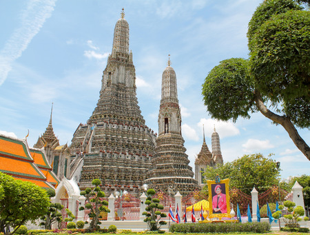 wat arun temple, buddhist temple in bangkok, thailand