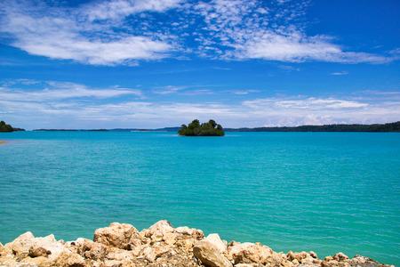 atoll in the middle of a large lagoon in maratua island, derawan archipelago, indonesian borneo Stock Photo