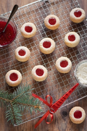 Almond biscuits with jam filling, selective focus Stock Photo - 16295580