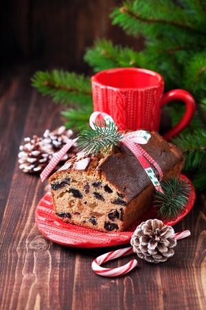 fruitcake: Christmas fruitcake with raisins, selective focus