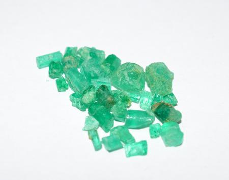 edelstenen: Smaragd ruwe edelstenen