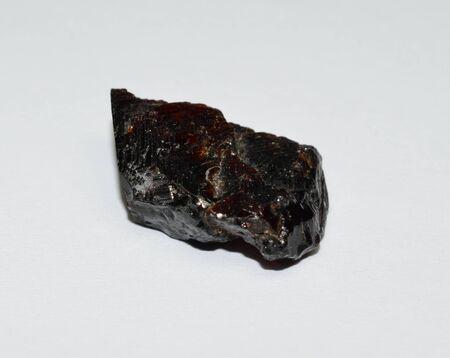 Rhodolite garnet gemstone raw