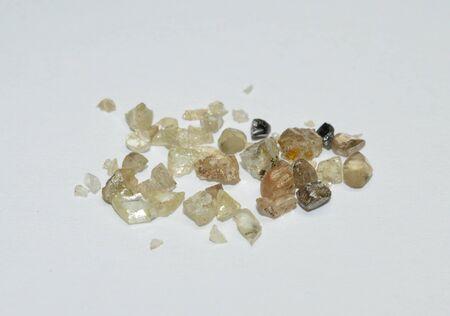 Piedras preciosas de diamantes en bruto