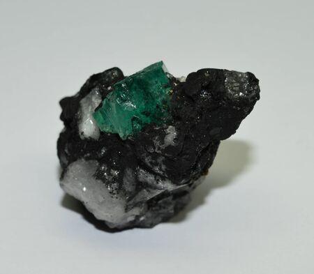 Smaragd in Matrix Standard-Bild