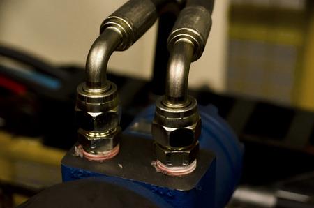 hydraulic: hydraulic fittings