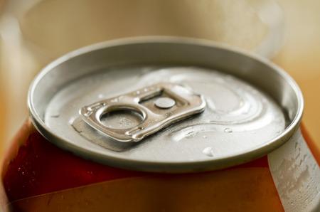 the opener: tin lid opener