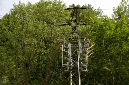 isolator: Field isolator on electricity