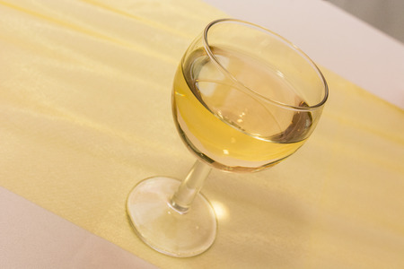 white wine: clear glass with white wine