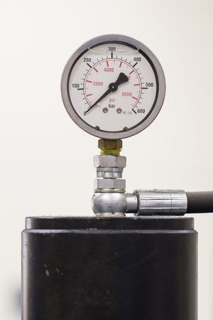 Pressure gauge without pressure.