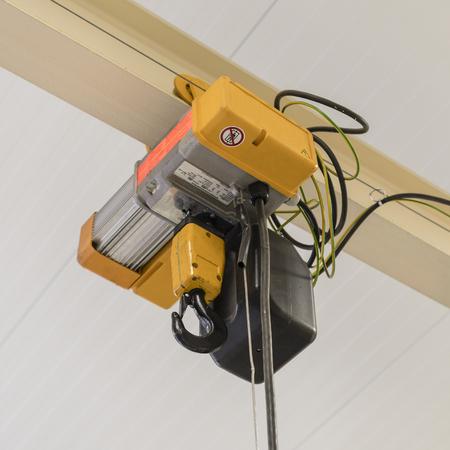 Electric mobile small crane.