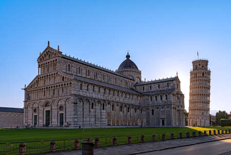 The Cathedral Santa Maria Assunta and the Leaning tower of Pisa at the Piazza Miracoli in Pisa, Tuscany Region in Italy Archivio Fotografico