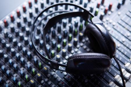 turning table: Headphones on soundmixer