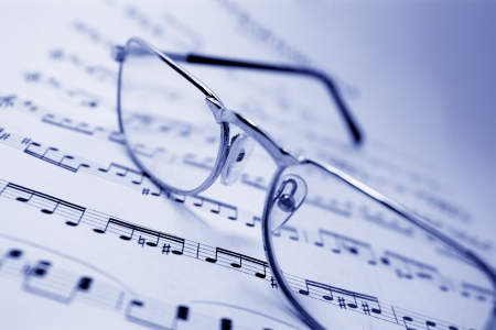 musical score: Glasses on notes