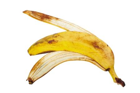 Cáscara del plátano aislada en el fondo blanco