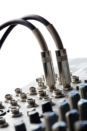 Two connectors is connected to audio mixer