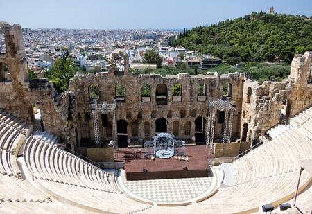Древний театр под Акрополь в Афинах, Греция Фото со стока